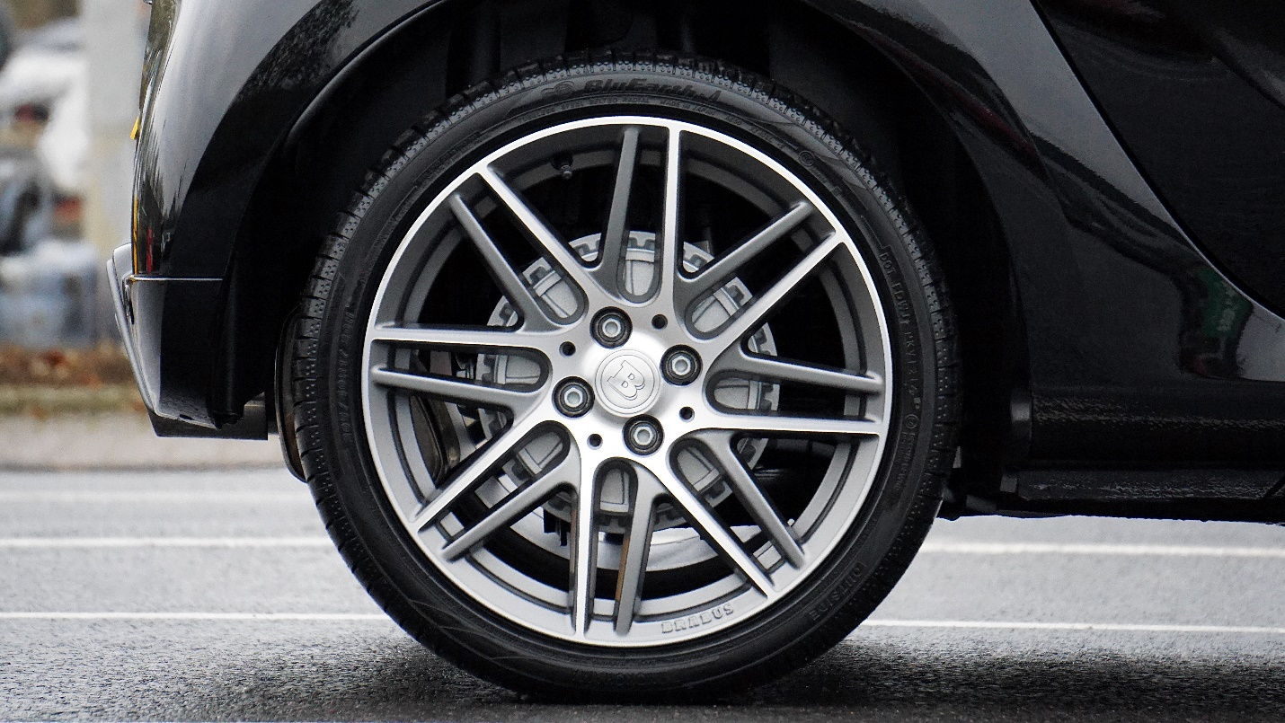 Under Pressure: What's The Right Pressure For A Tire?