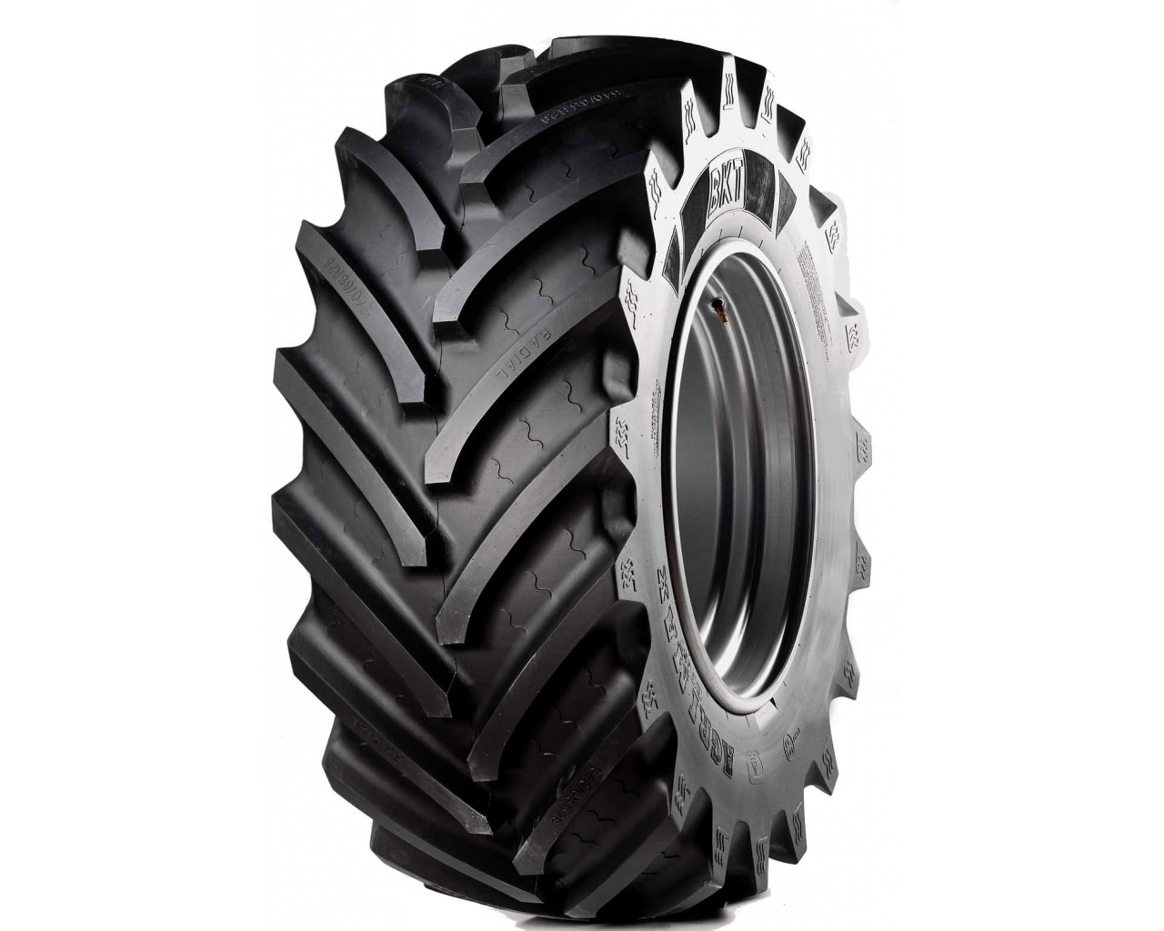 BKT Tires Agrimax RT657